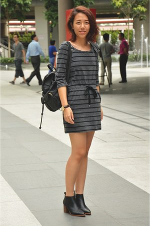 black COS boots - black striped Uniqlo dress