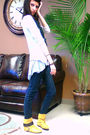 Silver-top-white-cardigan-blue-jeans-gold-boots-black-scarf