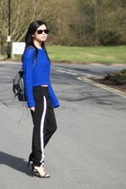 blue Primark jumper - black rayban sunglasses - black asos pants