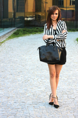 black SH bag - New Yorker shorts