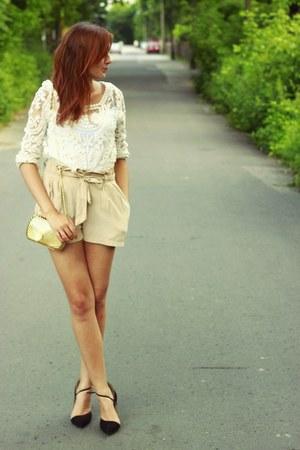 SH blouse - SH bag - SH shorts