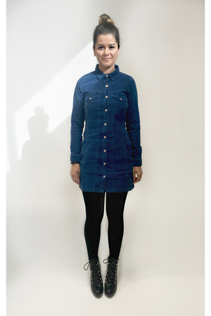 navy corduroy Zara dress - black mountain boots Zara boots