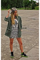 white printed Lush dress - camo New Yorker hat - olive SH jacket