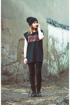 Cubus hat - H&M leggings - DIY t-shirt