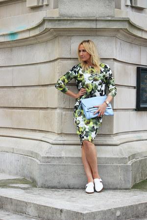 Zara coat - Primark bag - Zara flats - Primark sweatshirt - Primark skirt