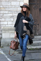 Zara jeans - light brown Zara hat - new look cape