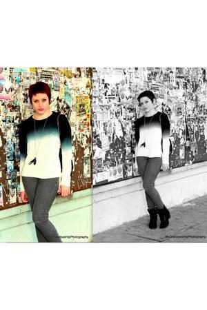 navy dip dye Azkara sweater - black kohls boots - charcoal gray Azkara jeans