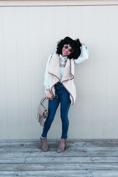 Forever 21 boots - Forever 21 jeans - Target bag - Walmart top - Forever 21 vest