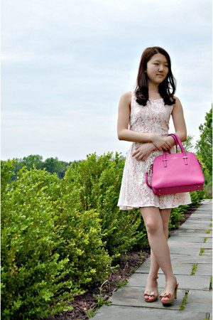 bubble gum kate spade bag - light pink delias dress - nude Anne Klein heels