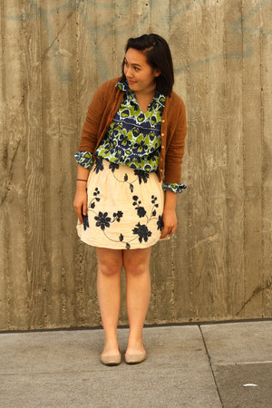 green Macys shirt - tan vintage cardigan - navy francescas skirt