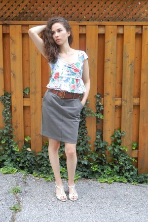Urban Outfitters blouse - charcoal gray Old Navy skirt - crimson Belt belt