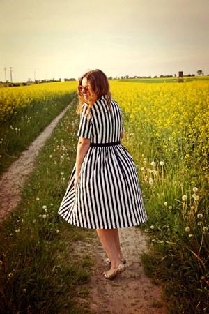 ivory Rosegal dress