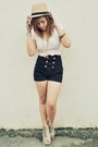 Peach-zara-shirt-black-simone-shorts-from-onlineshop-wedges