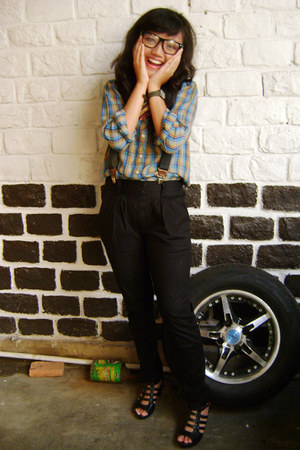 catton mommys vintage shirt shirt - Swatch watch - leather Kickers heels - glass