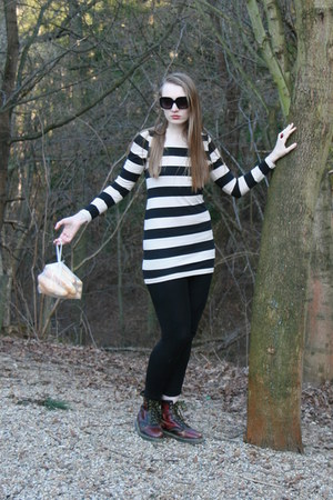 cream H&M dress - crimson Dr Martens shoes - black H&M leggings
