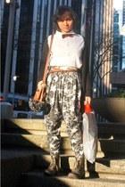 combat Urban Planet boots - H&M shirt - harem thrifted pants - Zara belt - H&M t