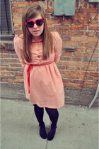 modcloth dress - Urban Outfitters sunglasses