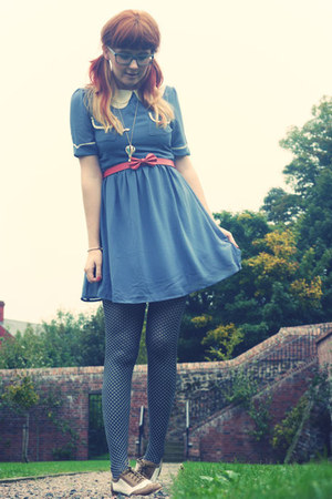 Dahlia dress - Topshop tights - Miss Selfridge belt