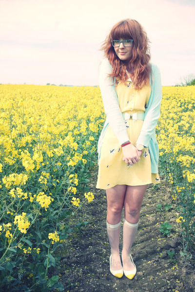 light yellow H for henry holland dress - white calvin klein socks