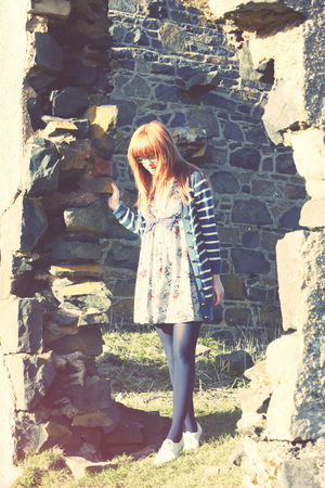 blue Motel Rocks cardigan - blue Miss Selfridge dress - white River Island shoes