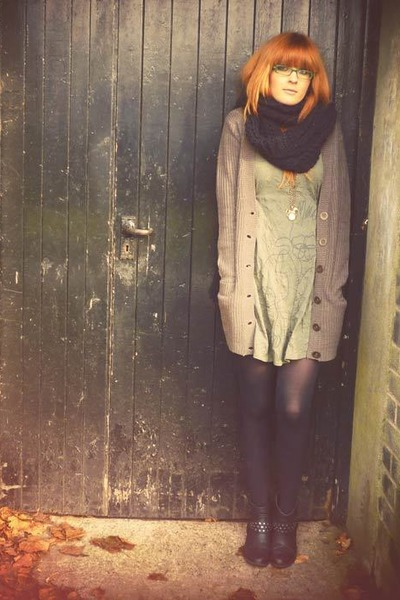 olive green dress - dark khaki Primark cardigan - black Primark scarf - black M&amp;