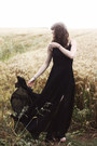 black cichic dress