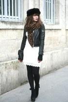 white Derhy dress