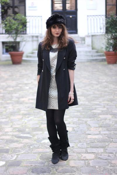 silver Vila dress
