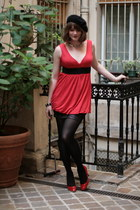 ruby red vintage top - black H&M skirt - ruby red ANDRE heels