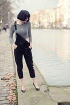 black shein jumper