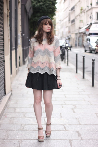 neutral Derhy sweater