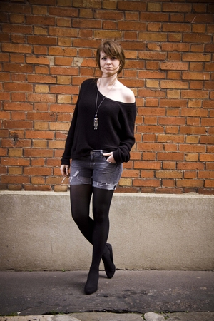 black Cacharel sweater - gray Pimkie shorts - black H&M shoes