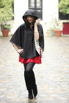 black Rene Derhy cape