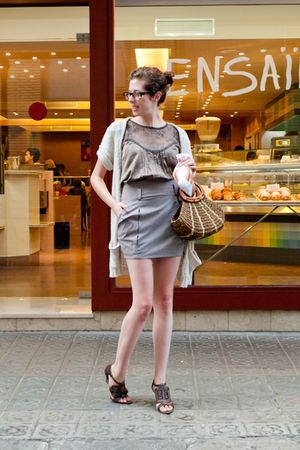 beige Stradivarius skirt - brown bag - brown Zara shoes - brown verd poma shirt