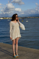 white hoss intropia dress - black vintage sunglasses