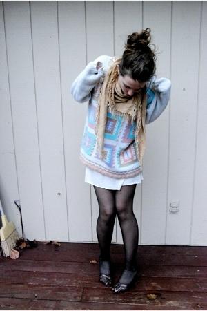 blue thrifted claus sweater - brown mums closet mums closet shoes