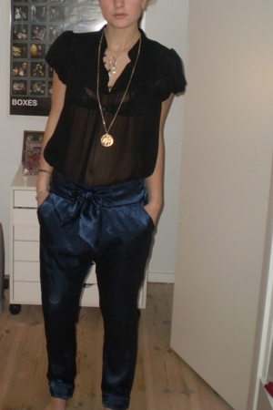 Bjrg necklace - Pilgrim necklace - Zara pants - GINA TRICOT blouse - bought in S