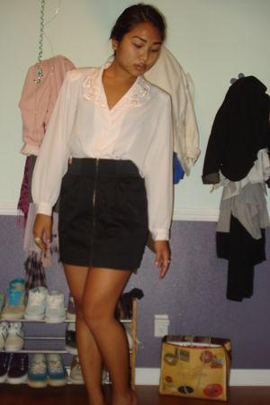 pink vintage blouse - black Bebe skirt