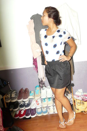 black aa skirt - white AnnTaylor blouse - white Jessica Simpsion shorts