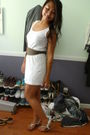 White-aa-dress-green-aa-belt-white