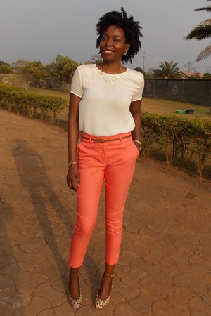 white Zara blouse - salmon cropped fitted H&M pants - camel select pumps