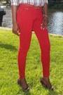 Brown-gap-shirt-red-zara-jeans-dark-brown-calvin-klein-pumps