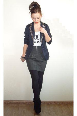 Shokolat blazer - DIY t-shirt - Zara skirt - Zara leggings - Sascha boots