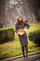 Massimo Dutti shoes - Zara dress - meli melo bag - Promod hair accessory