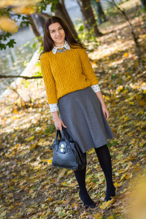 knitted Zara sweater - Musette shoes - cat print Mango shirt - Batta bag