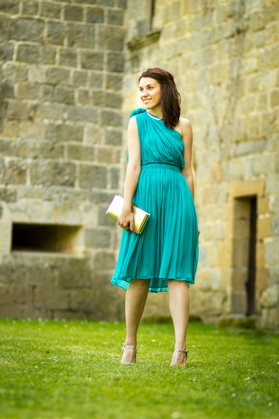 Silk Mango Dresses, Accessorize Bags, Musette Sandals, Mango ...