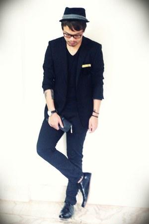 black lace up maneeslip shoes - black band Zara hat