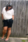 Pink-alice-and-olivia-for-payless-shoes-black-target-shorts-white-old-navy-t