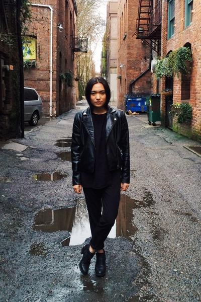 Topshop boots - black jacket - black ASTR top - black trouve pants