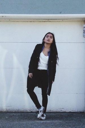 white tank top Zara top - black black skinnies Topshop jeans